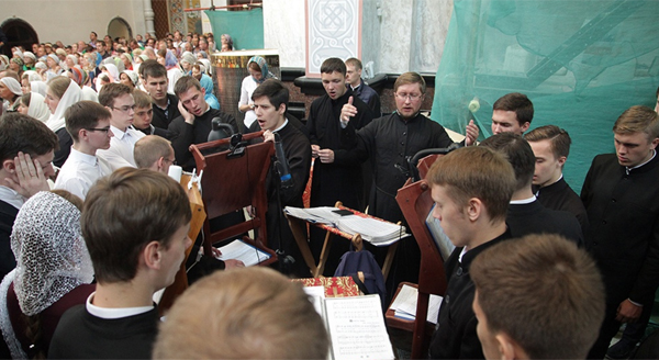 храм-на-крови, Божественная литургия|Фото: ekaterinburg-eparhia.ru