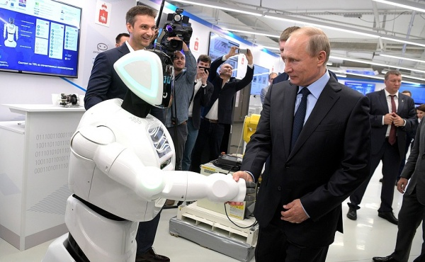 "Владимир Путин, робот, ""ЭР-Телеком""|Фото: kremlin.ru"