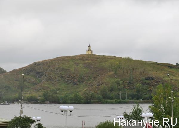 Лисья (или по другому Лысая) гора, башня, построенная в 1818 году, Нижний Тагил(2017)|Фото: Накануне.RU