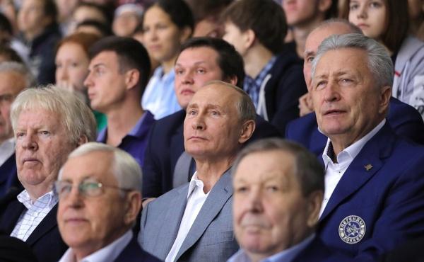 Владимир Путин легенды хоккея|Фото: пресс-служба президента РФ