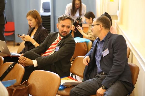 Участники научно-практической конференции|Фото: пресс-служба НГУ