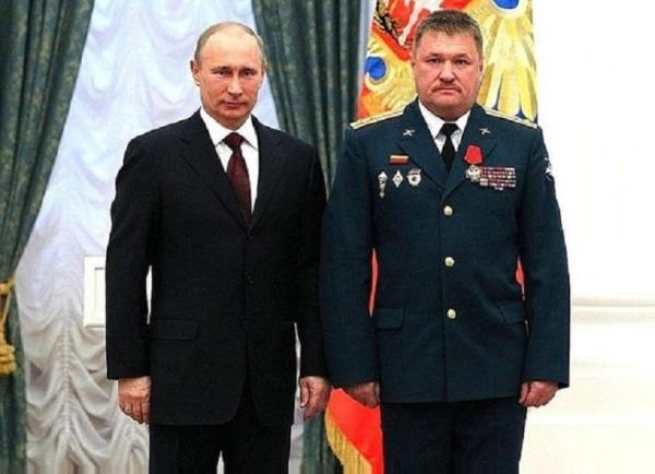 Владимир Путин, Генерал-лейтенант Валерий Асапов|Фото: kremlin.ru