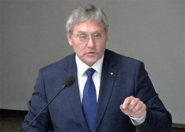 Александр Капустин, начальник Управления архивами Свердловской области Фото: youtube.com