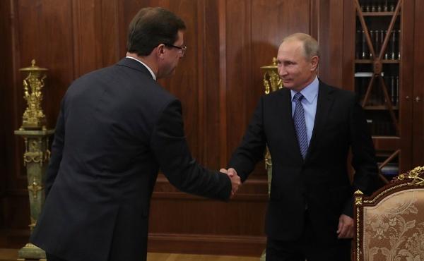 Владимир Путин, врио губернатора Самарской области Дмитрий Азаров Фото: kremlin.ru