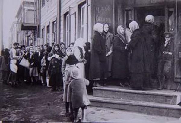 дефицит хлеба, революция, Петроград, очередь|Фото: kp.ru