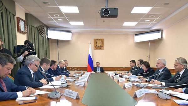 Дмитрий Медведев, совещание о развитии нефтяной отрасли в Российской Федерации(2017)|Фото: government.ru