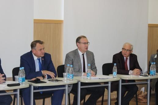 Дмитрий Самойлов, совет ректоров, золотой резерв(2017)|Фото: администрация Перми