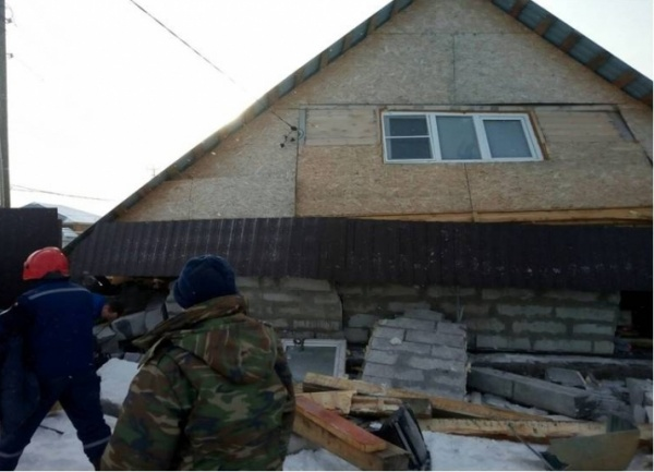 кыштым, обрушение дома(2018) Фото: гу мчс по челябинской области