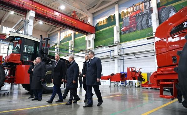Ростсельмаш, Владимир Путин, Константин Бабкин(2018)|Фото: kremlin.ru