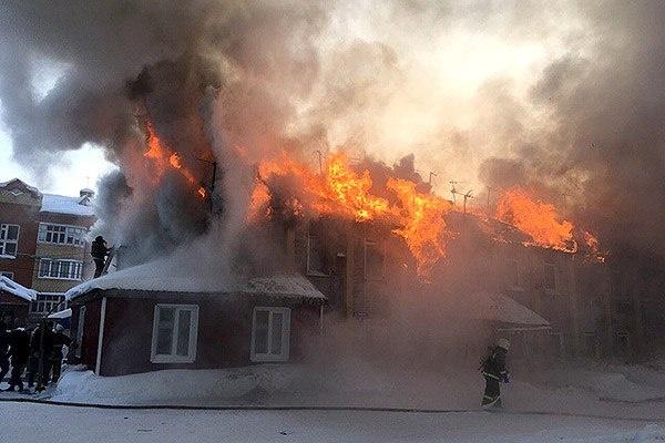 Тарко-Сале Таежная пожар (13.2.18)(2018)|Фото: vk.com