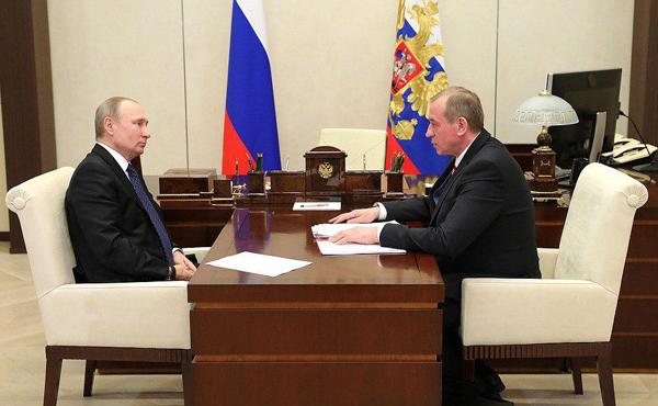 Владимир Путин, губернатор Иркутской области Сергей Левченко(2018) Фото: kremlin.ru