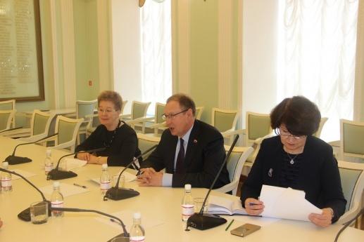 Дмитрий Самойлов, встреча с наблюдателем ОБСЕ(2018)|Фото: администрация Перми