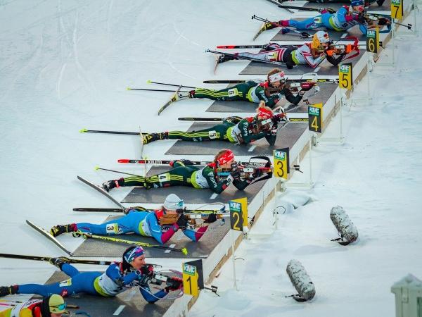 Ханты-Мансийск биатлон женщины(2018)|Фото: biathlon.ugrasport.com