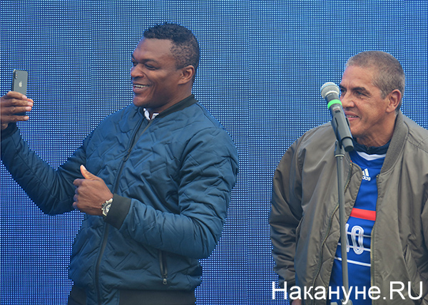 Парк ЧМ-2018, футбол, Екатеринбург, Марсель Десайи, Сами Насери(2018) Фото: Накануне.RU