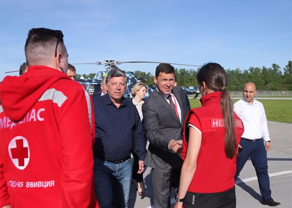 Евгений Куйвашев, ПМЭФ, Хели-драйв, санитарная авиация(2018)|Фото: све.рф