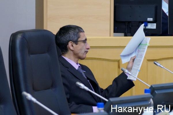 """Тихие праймериз в Тюмени и омут оппозиции. Оппоненты """"ЕР"""" """"прицеливаются"""" на выборы и обещают работать жестко – """"в белых перчатках не побеждают"""""""