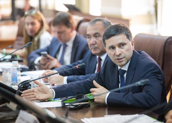 министр природных ресурсов Дмитрий Кобылкин(2018)|Фото: Пресс-служба Министерства природы
