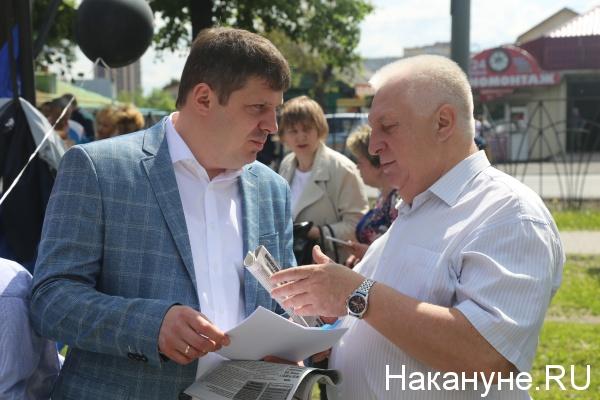 Депутат Иван Левченко и лидер тюменской ФНПР Михаил Кивацкий(2018)|Фото: Накануне.RU
