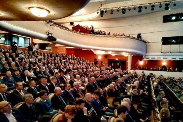 Губернатор Тюменской области Александр Моор, инаугурация(2018)|Фото: t-l.ru