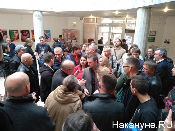 публичные слушания по вопросу строительства часовни в сквере у ЮУрГУ(2018)|Фото: Накануне.RU