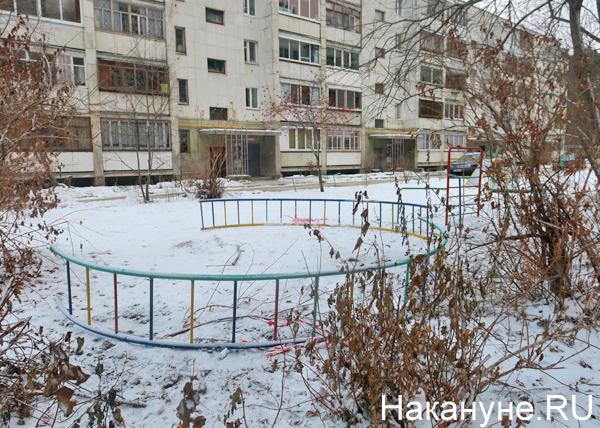 ул. Амундсена, 135, детская площадка(2018) Фото: Накануне.RU