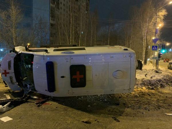 Нижневартовск, скорая помощь, авария, смерть, гибель, водитель,  Hyundai Solaris(2019)|Фото:УМВД России по ХМАО-Югре