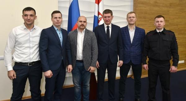 Награждение спасителей из бизнес-центра на Монастырской в Перми(2019)|Фото: permkrai.ru