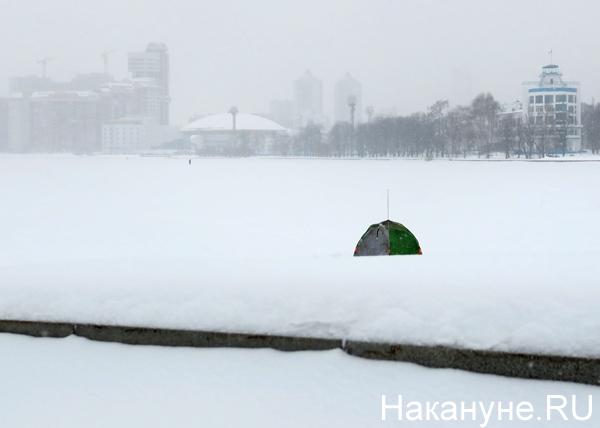 снегопад, набережная Исети, Екатеринбург(2019)|Фото: Накануне.RU