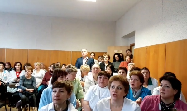 зюзинский роддом, сотрудники, встреча 20 февраля(2019)|Фото: https://www.youtube.com/watch?v=_u9kSU-7xLk