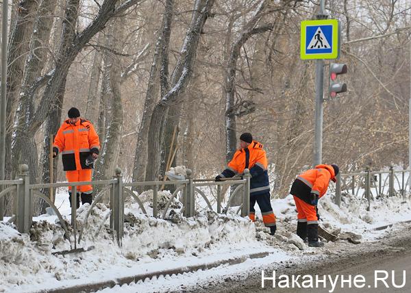 Подрядчики саботируют уборку Екатеринбурга от снега