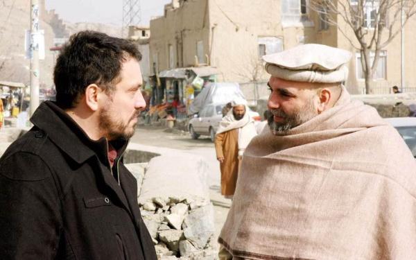 С Орханом Джемалем в Кабуле в 2011 году, на съемках фильма про талибов.(2019)|Фото: Личный архив Максима Шевченко