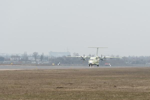 аэропорт, взлетная полоса, самолет, Ил-112В, воронеж(2019)|Фото:пресс-служба правительства Воронежской области