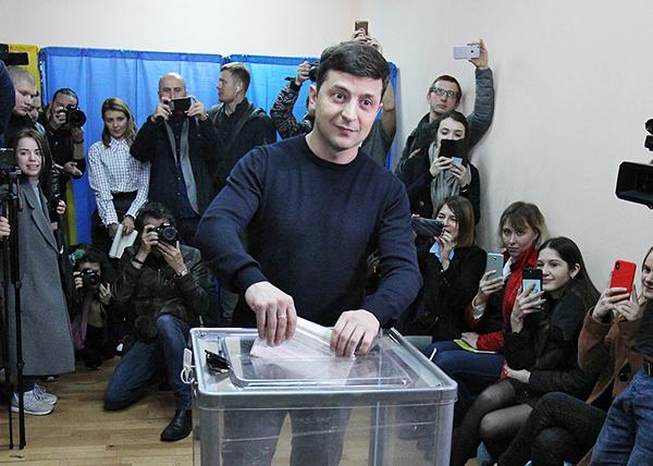 Владимир Зеленский, выборы 2019(2019)|Фото: Stepan Franko / EPA / TASS