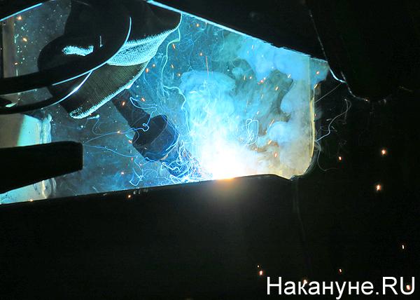 промышленное производство, промпроизводство, завод, Уралвагонзавод, искры, производство вагонов(2019) Фото: Накануне.RU