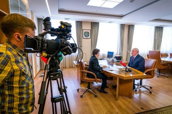 Наталья Комарова, Борис Саломатин(2019) Фото: Центр социальных медиа Югры, Евгений Ластюк