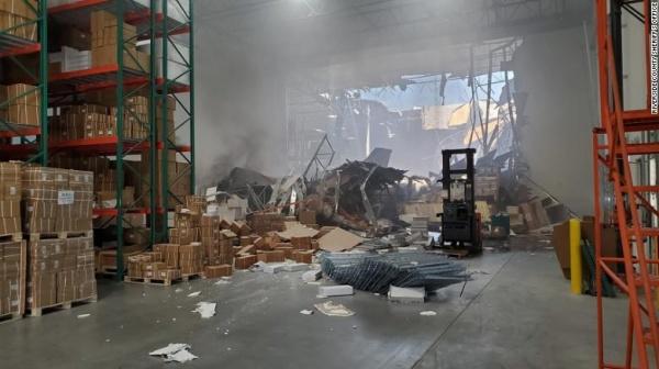 Последствия падения истребителя F-16 в Калифорнии(2019)|Фото: edition.cnn.com
