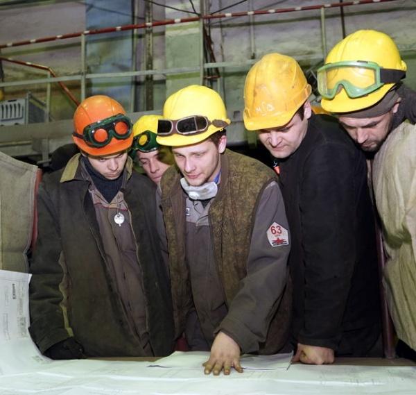 Рабочие ДВЗ Звезда(2019)|Фото: http://www.fes-zvezda.ru/