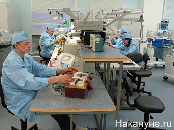 уральский оптико-механический завод уомз производство цех(2008) Фото: Накануне.ru
