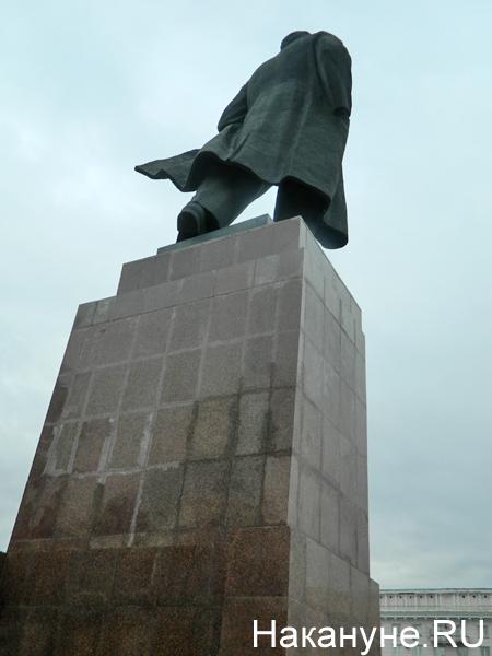 Памятник Ленину в Челябинске(2019) Фото: Накануне.RU
