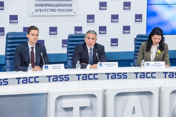 Пресс-конференция, X Тюменский нефтегазовый форум, Алексей Козлов, Александр Моор(2019)|Фото: Правительство Тюменской области