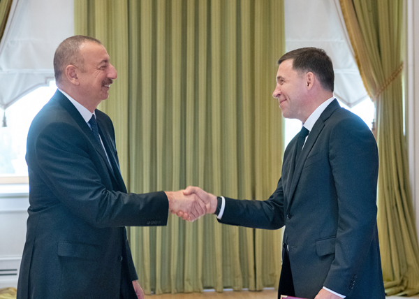 Ильхам Алиев, Евгений Куйвашев(2019) Фото: Департамент информационной политики Свердловской области