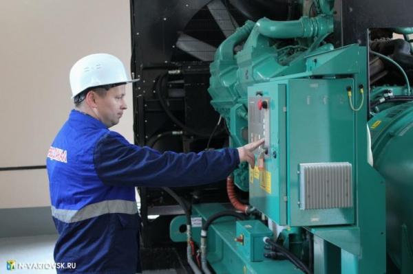 рабочий, жкх, генератор, оборудование(2019)|Фото:пресс-служба главы Нижневартовска