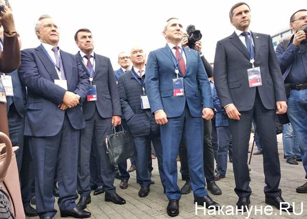Тюменский нефтегазовый форум, Владимир Богданов, Александр Моор, Дмитрий Кобылкин(2019) Фото: Накануне.RU