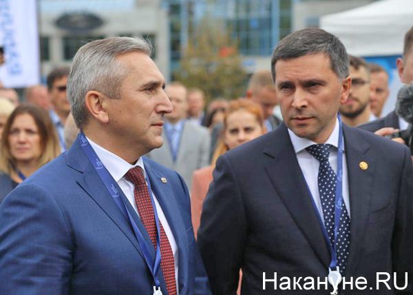 Тюменский нефтегазовый форум, Александр Моор, Дмитрий Кобылкин(2019) Фото: Накануне.RU