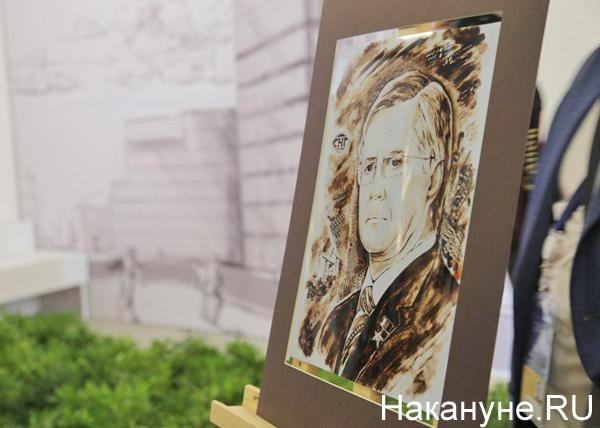 Тюменский нефтегазовый форум, портрет Владимира Богданова(2019) Фото: Накануне.RU