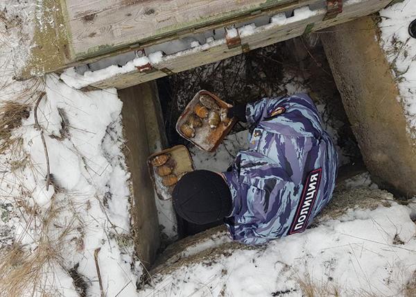 Схрон с взрывчатыми веществами в Верхней Пышме(2019)|Фото: Управление ФСБ России по Свердловской области