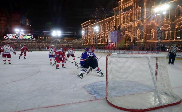 Владимир Путин, хоккей на Красной площади, Ночная хоккейная лига(2019)|Фото: kremlin.ru