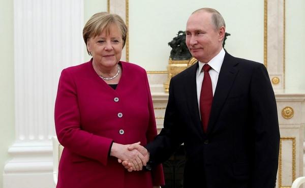 Владимир Путин, Ангела Меркель(2020) Фото: kremlin.ru