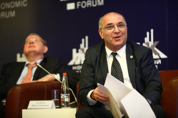 Гарегин Тосунян, президент Ассоциации российских банков(2020)|Фото: пресс-служба МЭФ
