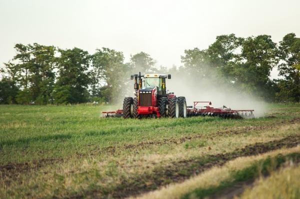 трактор Ростсельмаш RSM, сельское хозяйство, пашня(2020)|Фото: Тюменьагромаш